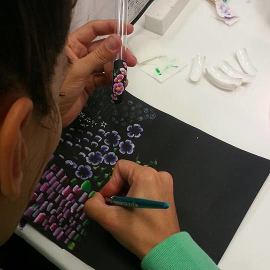 Corso di ricostruzione unghie alla scuola di estetica Bea