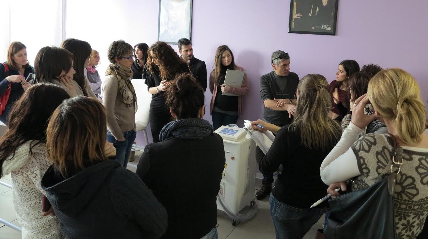 Corso teorico alla scuola di estetica Bea a Rivalta di Torino
